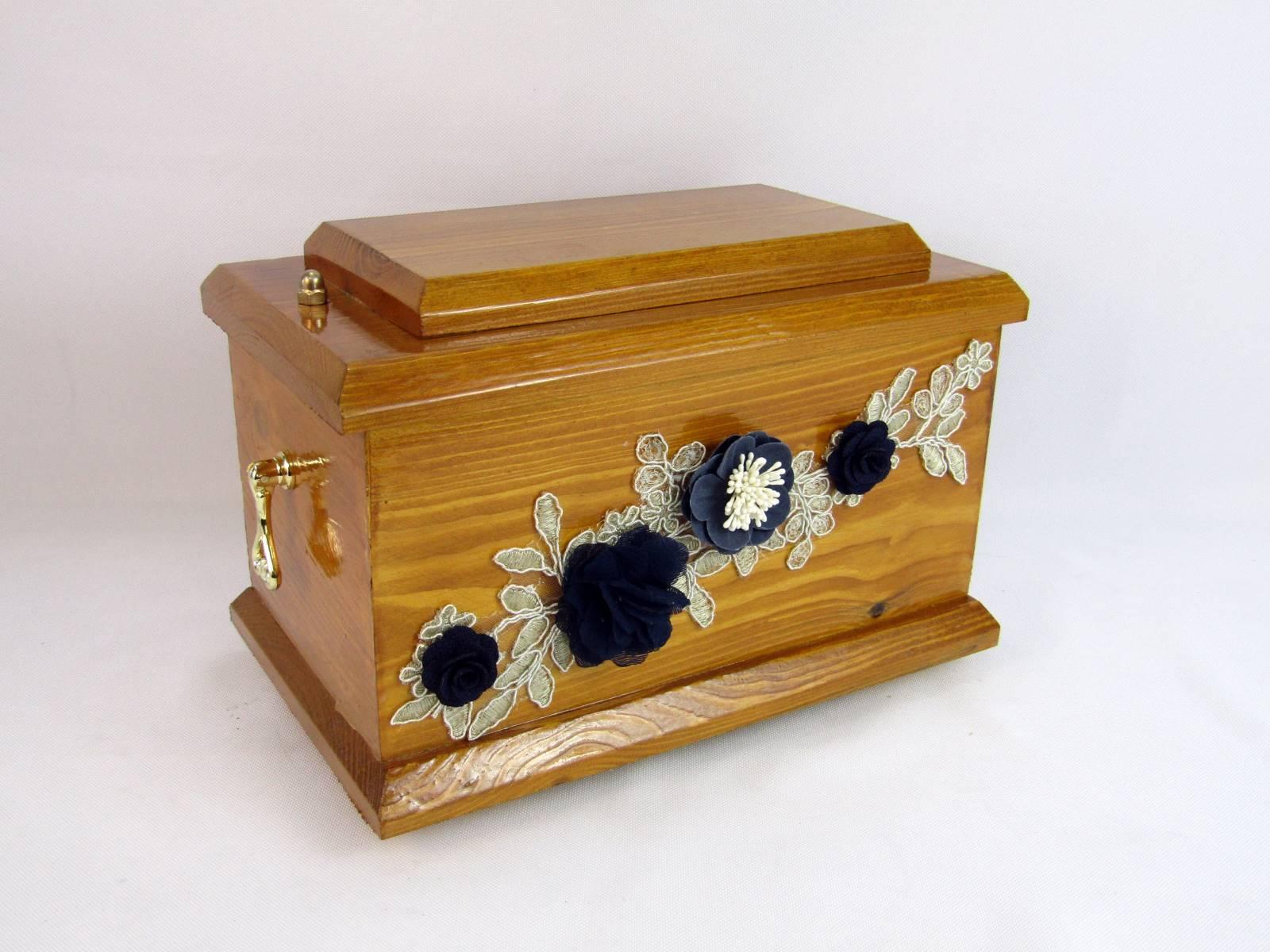 Drewniana urna prostokątna
