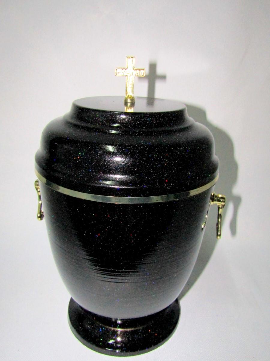 Urna metalowa ze złotymi zdobieniami